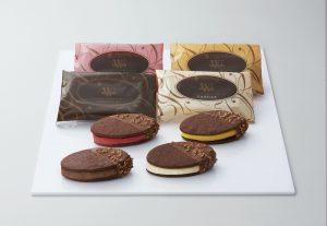 ショコラクッキーアイスサンド_袋あり